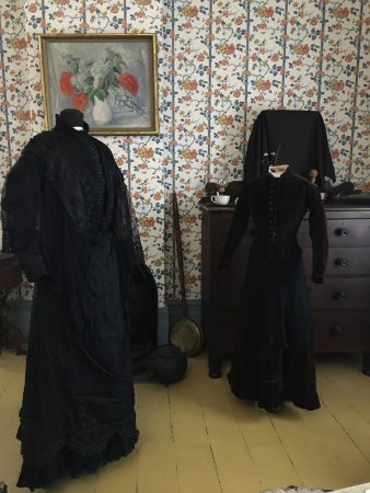 Victorians in Mourning